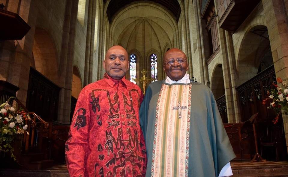 Desmond Tutu meeting Benny Wenda